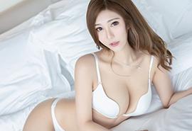 E罩杯大胸美女性感比基尼人体艺术写真平板壁纸