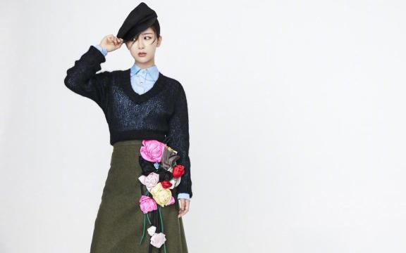 楊紫秋冬季時尚魅力寫真