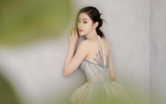 张天爱星空裙性感妩媚妖