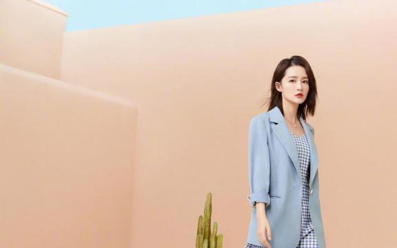 小清新女神李沁时尚唯美