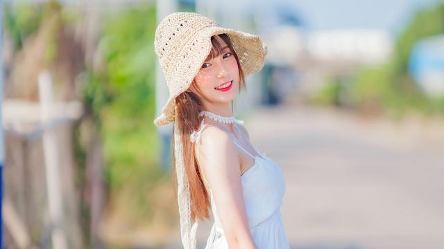 清纯美女夏日室外唯美写真