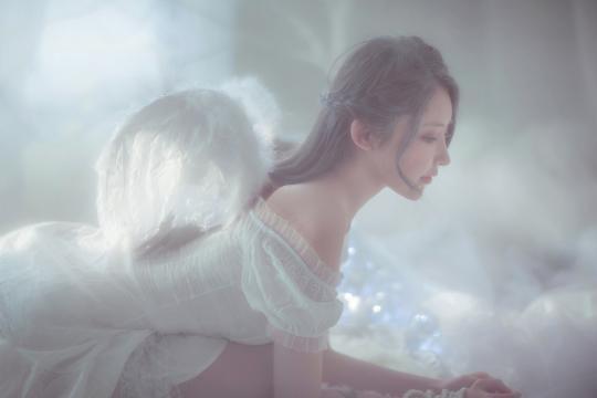 遗落凡间的性感天使