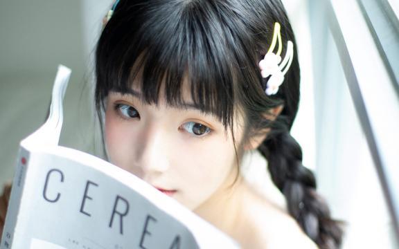 清纯女学生唯美性感写真