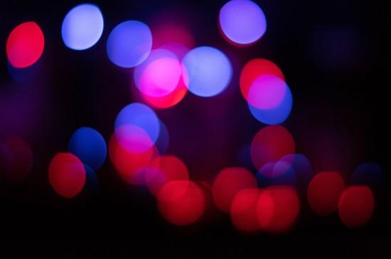 <唯美朦胧的光影夜景桌面壁纸