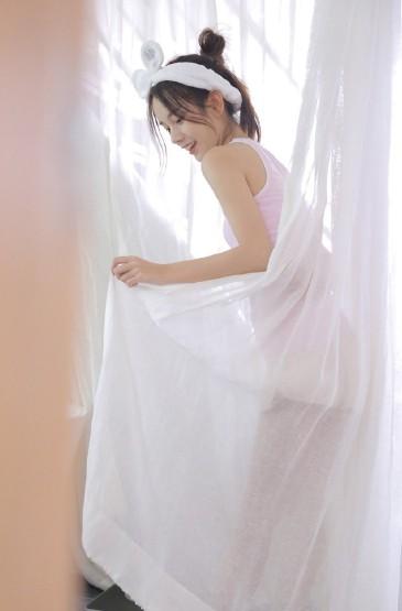 <極品尤物美女性感浴缸長腿寫真 第二輯