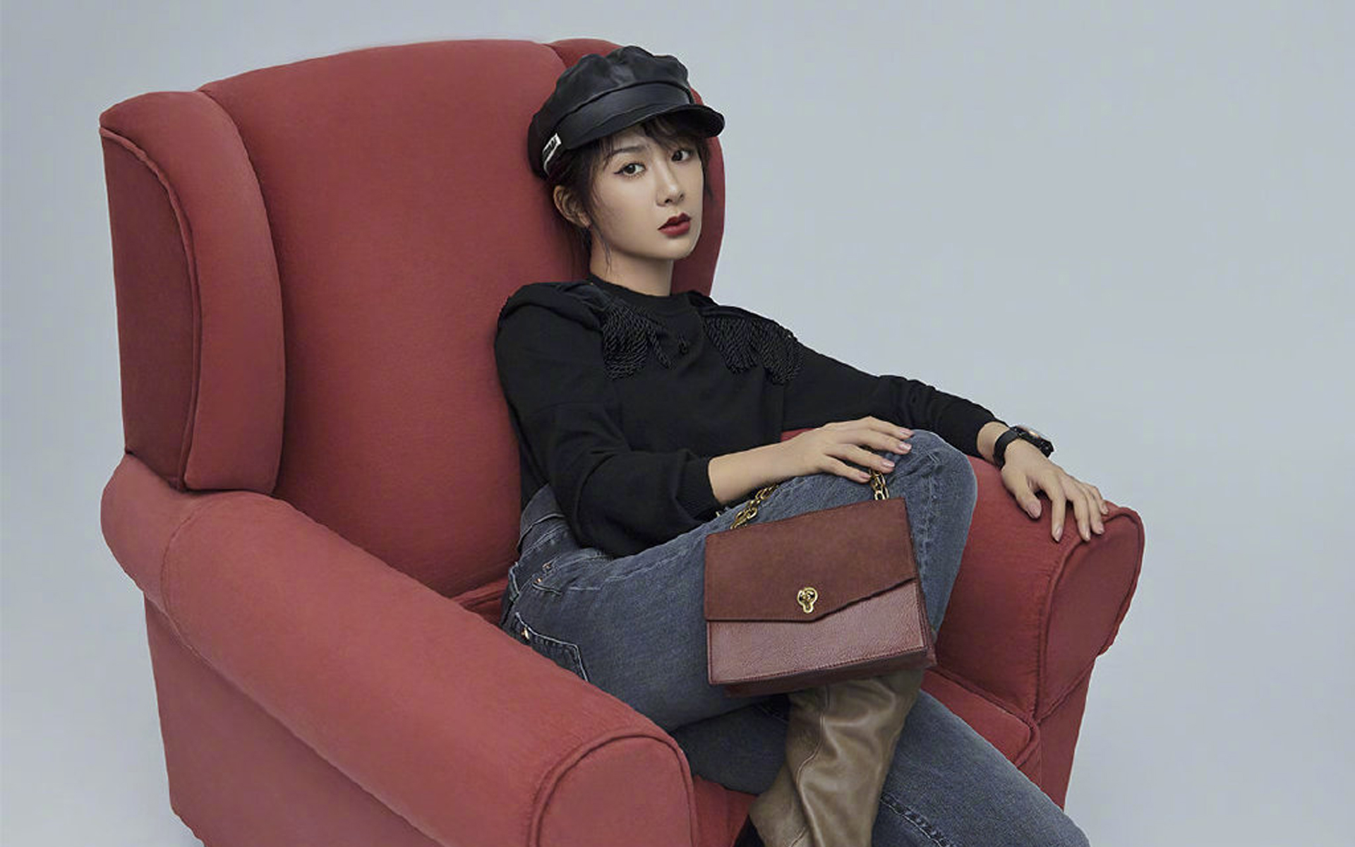 杨紫时尚冷艳写真
