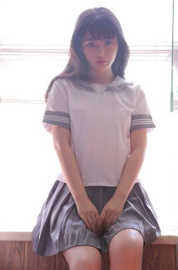 萝莉美女制服诱惑写真图片