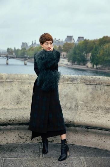 <馬伊琍浪漫巴黎街拍寫真圖片