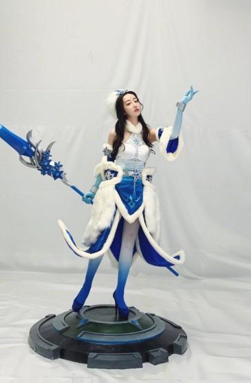 蒋梦婕cosplay王昭君性