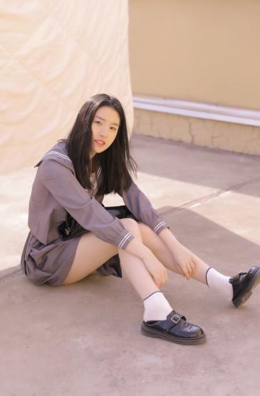 JK制服美女青春洋溢写真图片
