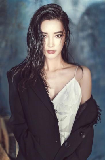 李冰冰深色红唇性感写真图片