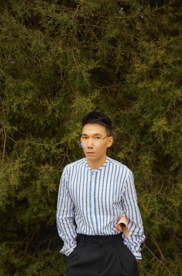 <演員王超北時尚街拍寫真圖片