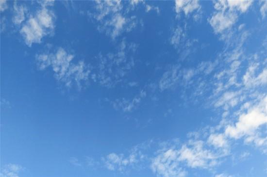 唯美蓝天白云高清桌面壁纸