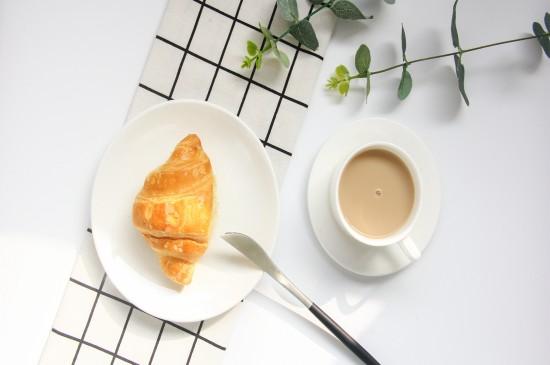 唯美意境咖啡拉花桌面壁纸