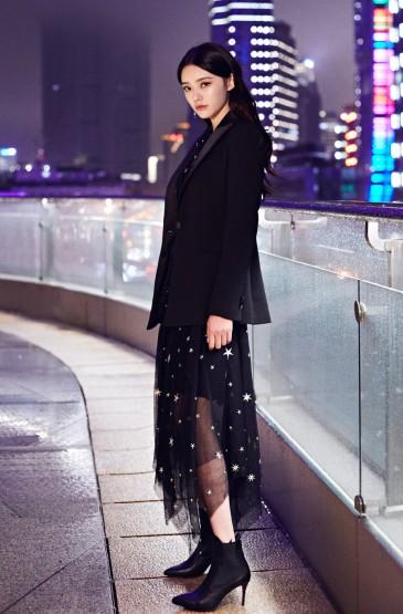 <鐘楚曦菱格紋禮服魅力性感圖片