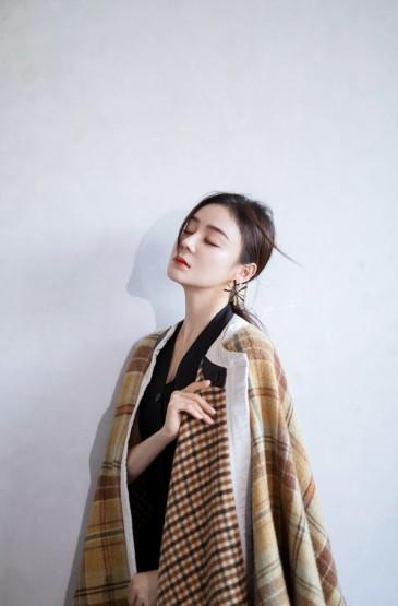<袁姗姗成熟优雅写真图片