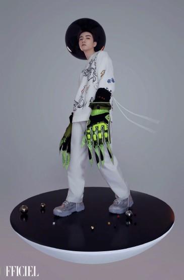 王俊凱科幻未來風寫真圖