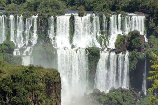 伊瓜蘇大瀑布高清桌面壁