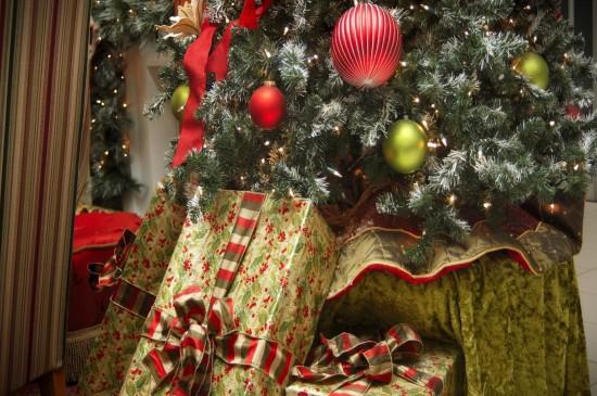 圣誕節精美禮盒圖片桌面
