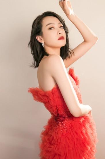 <宋茜红色礼服性感写真手机壁纸
