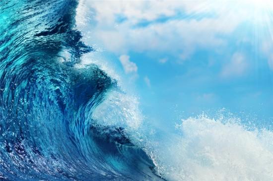 洶涌海浪唯美高清桌面壁