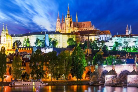 布拉格城市美景圖片桌面