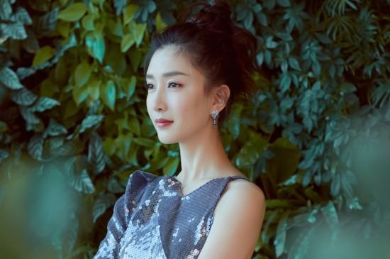 江疏影美人鱼裙性感优雅