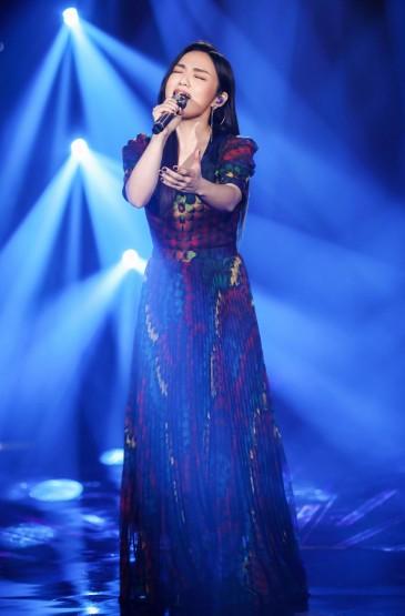 徐佳莹《歌手·当打之年》剧照图片