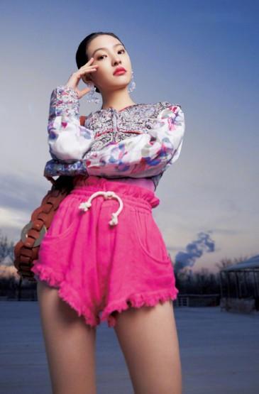 章若楠时尚芭莎魅力写真