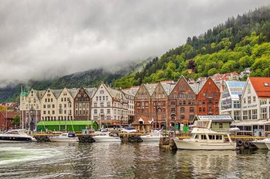 <挪威小鎮唯美風景圖片桌面壁紙