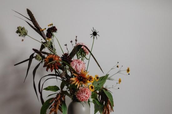 <唯美花卉家居静物图片桌面壁纸