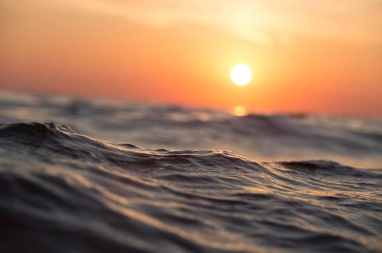 海边朝霞唯美风景图片桌面壁纸
