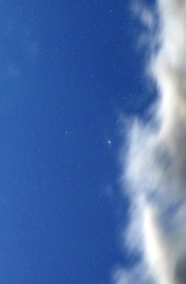 唯美月色夜空攝影高清手