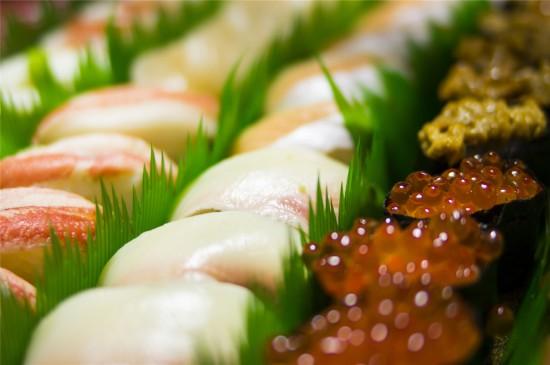 精美壽司美食高清桌面壁紙