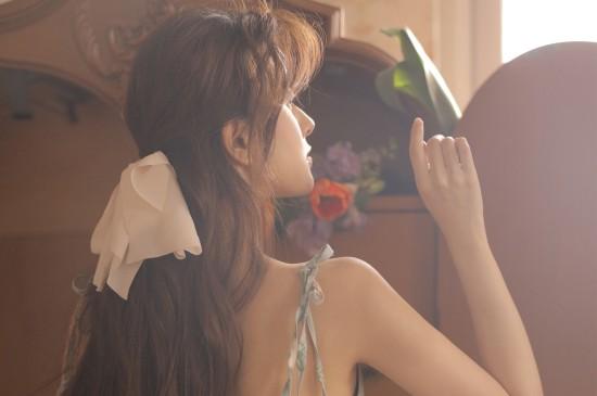 唯美妖嬈美女性感圖片桌面壁紙