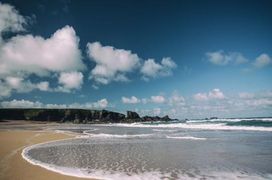 優美宜人的海岸風景桌面