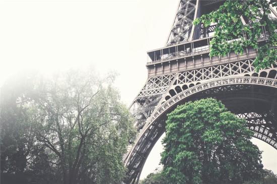 法國埃菲爾鐵塔高清桌面