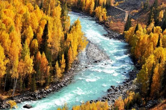 新疆唯美自然風光圖片桌